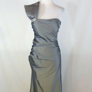 NW nightway dress 10 long formal gown gray